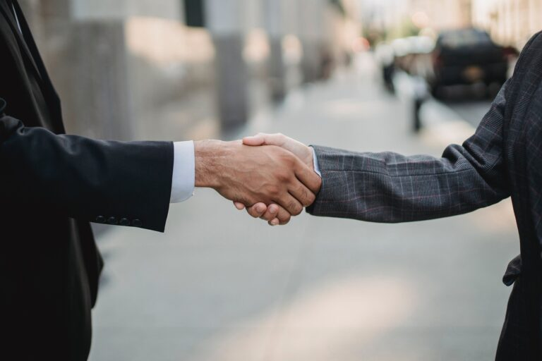 6 Negotiation tips to help you make better deals in 2021